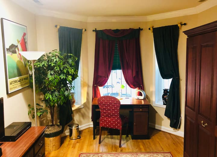 Completely Furnished Studio in Adams Morgan, D.C.