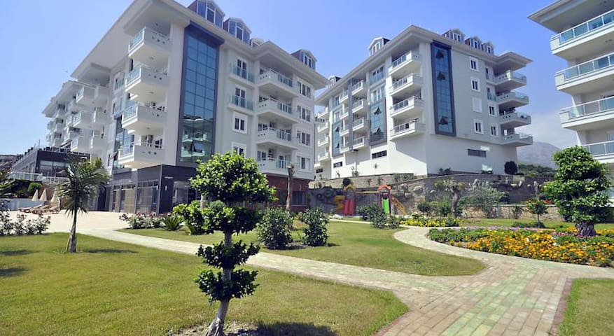 Olive city complex luxury apt. - Alanya - Apartment