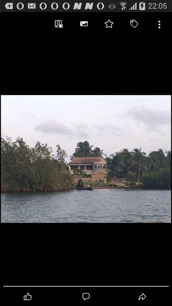 Brivin River View - Home Lodge
