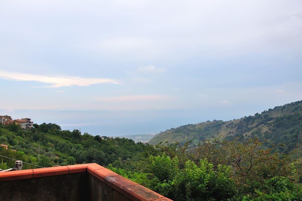 Vista mare e colline