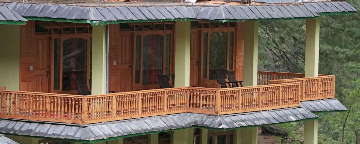 Tirthan Himalayan Holidays, Tirthan Valley -2