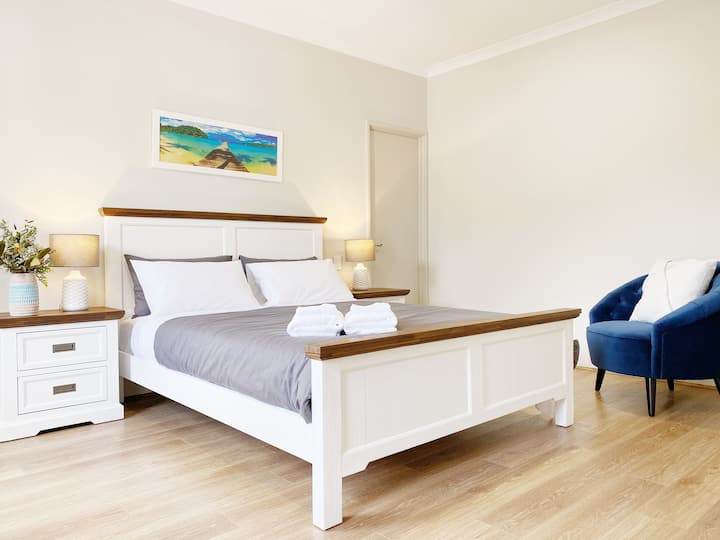5x3 Best House near CBD/Crown/Parks/Beach/Airport