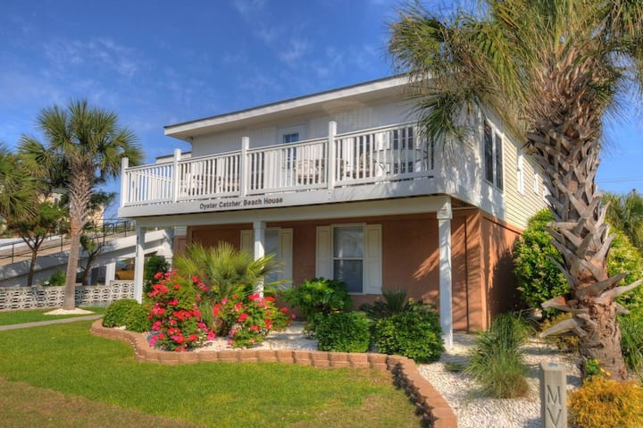 2nd Row Beach Home, Private Pool, Steps from Beach