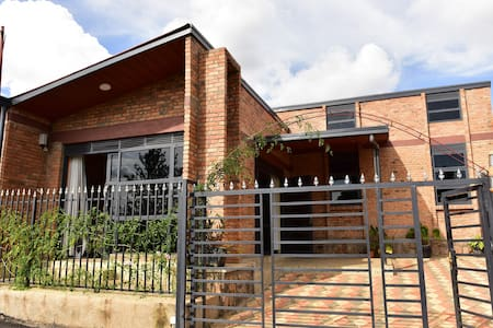 Entire 3 Bedroom Spacious Home near Kigali Airport
