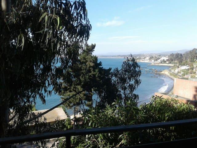 Cabaña con balcón y vista al Mar! A metros del Mar - Con Con - Haus