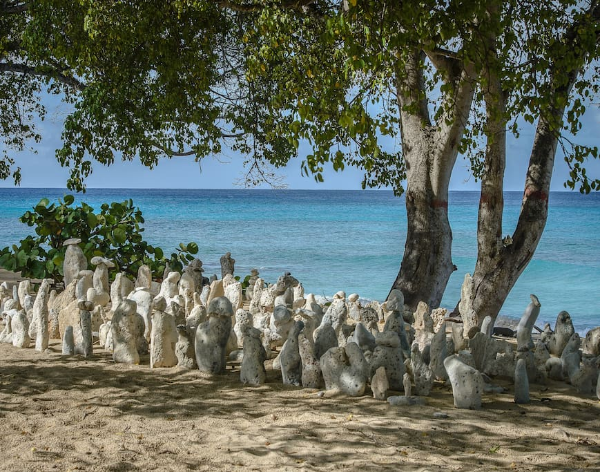 Fabulous sculptures!  Just down the beach from Paradise Beach Cottage.