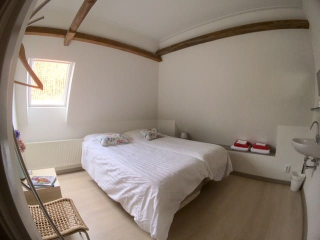 Double room Dior with shared bathroom - Doesburg - Bed & Breakfast