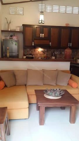 3BR Fully Furnished Cozy Place - (AB -3BR - F) - Sri Jayawardenepura Kotte - Lägenhet