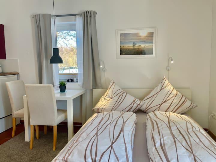 Apartment A Küche & Bad, Sauna und Schwimmteich