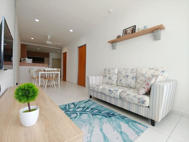 Midori Concept Home Stay@Akademik Suite B L9-15,JB