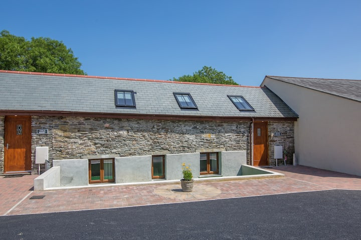Milking Parlour, Quirky, nr Port Isaac & Tintagel