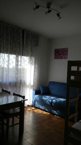MONOLOCALE 500 MT DALLA SPIAGGIA - Bibione - Apartament