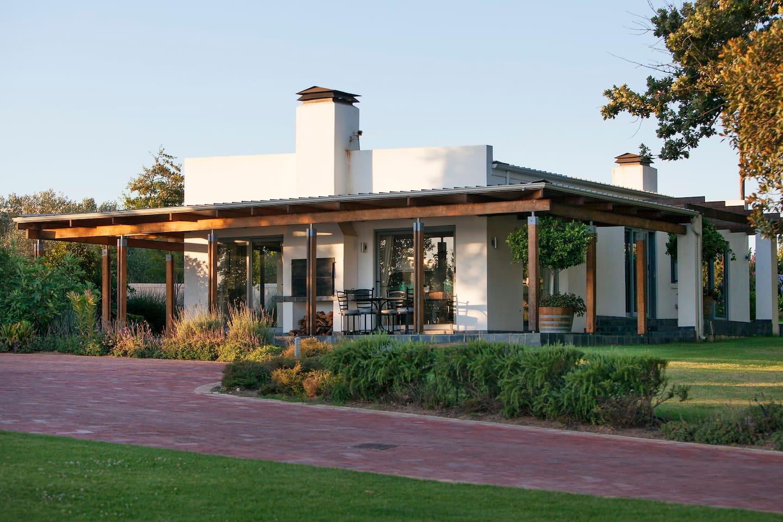 Olive 1 Cottage
