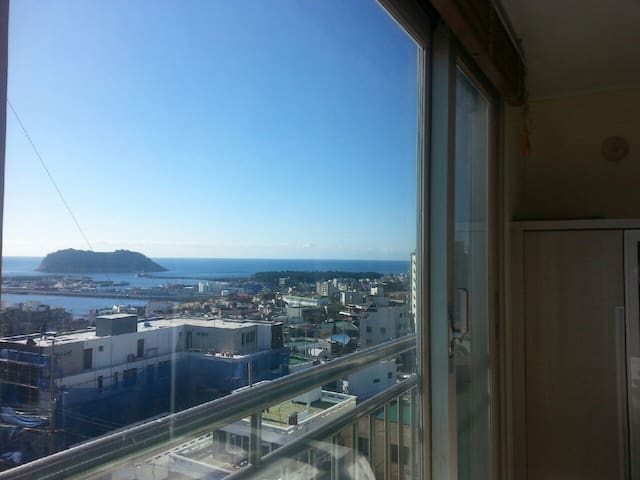 [New Open 20% Off] Sea view & Downtown in Seogwipo - Taepyeong-ro, Seogwipo