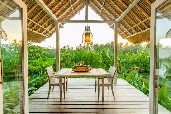 Bennu House - Most Romantic Design Villa in Ubud - Ubud - Casa