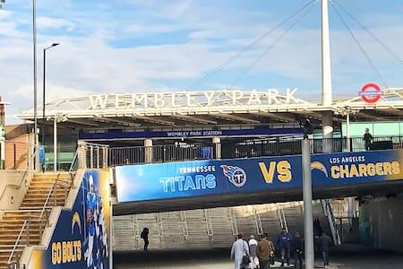 Fab Sofabed in Wembley (near Wembley Stadium)
