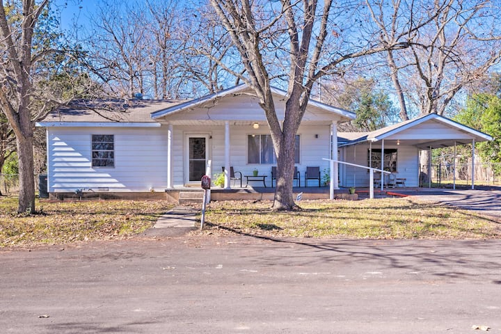 NEW! Winslons Texas Star - Belton Family Home!