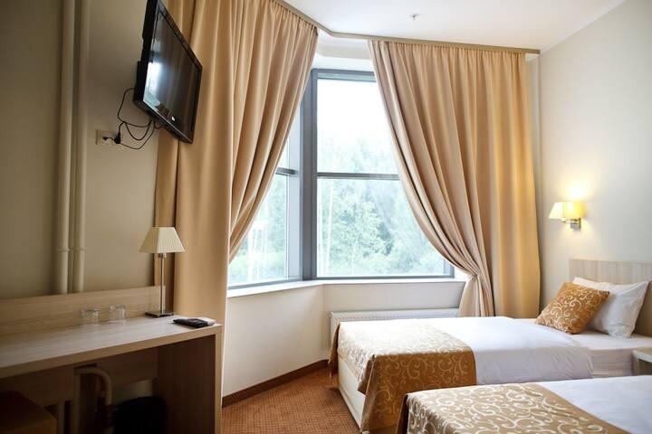 Двухместный номер с ванной комнатой отель SkyPoint
