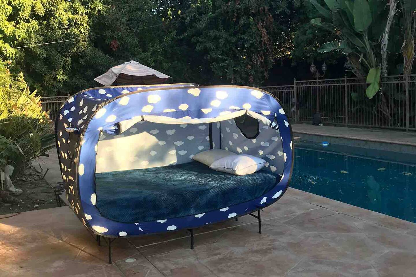 Sleep under the moon and stars in total privacy ... in my opinion these tents are the FUTURE of Airbnb