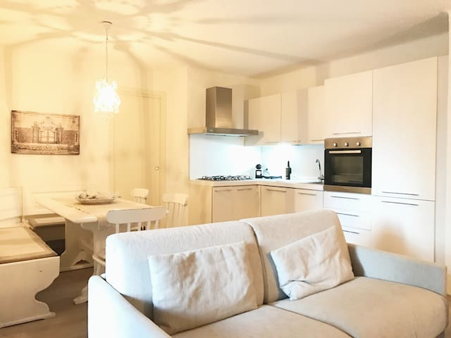 Renovated 2 Bed Appartment in Montecampione - Montecampione - Apartment
