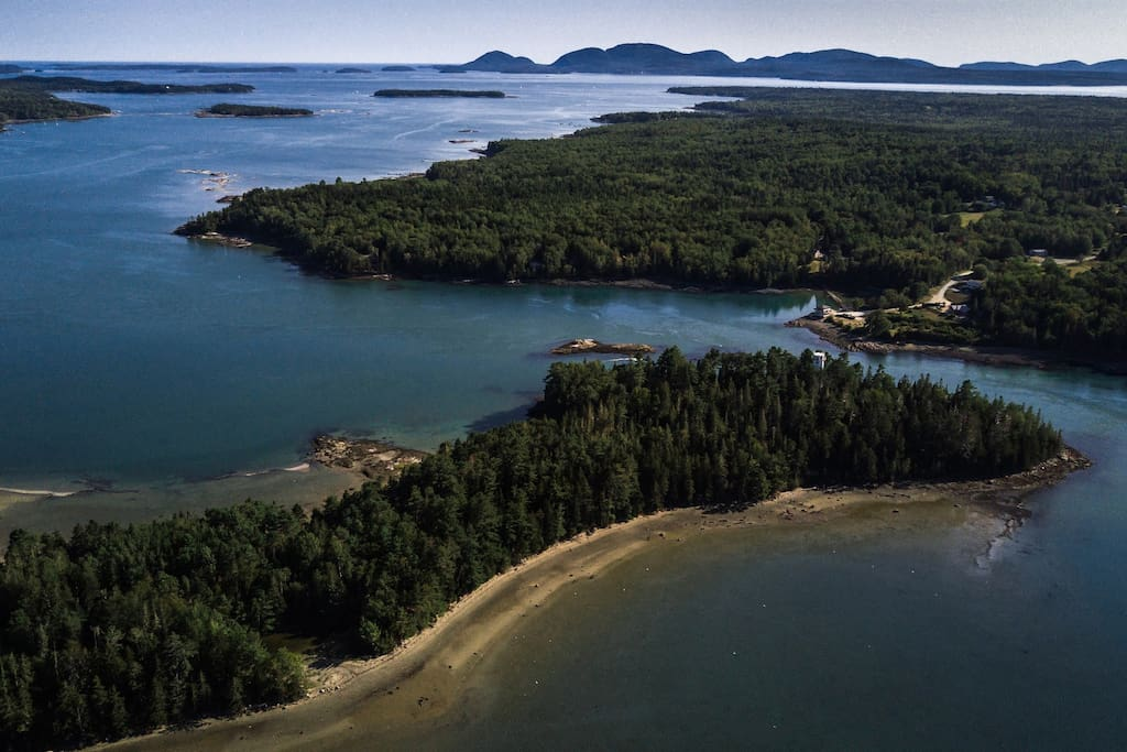 Enjoy this entire 20 acre parcel with 1 mile of shore frontage. EXTREMELY PRIVATE!