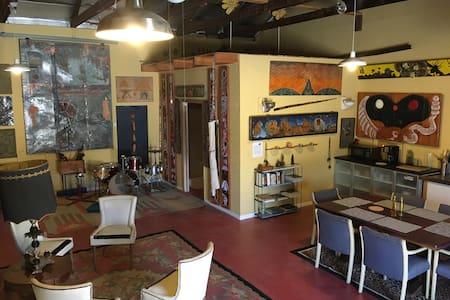 Magic Mountain Warehouse @ High Desert Retreat