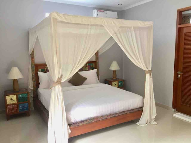 Puri Capung Private Bedroom&Kitchen (Jungle View)