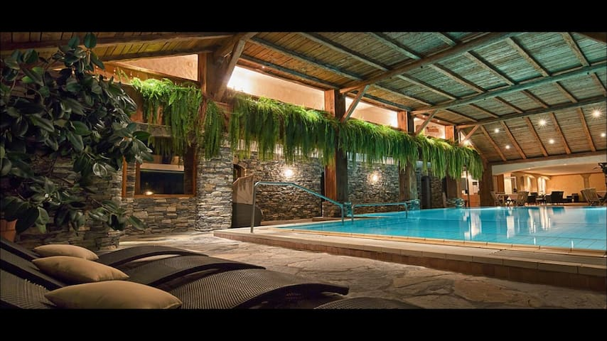 Studio with pool in 4* hotel