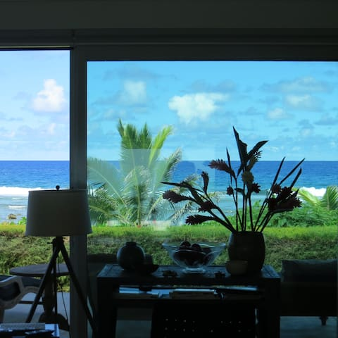 Absolute Beachfront Spectacular 2 bedroom Villa