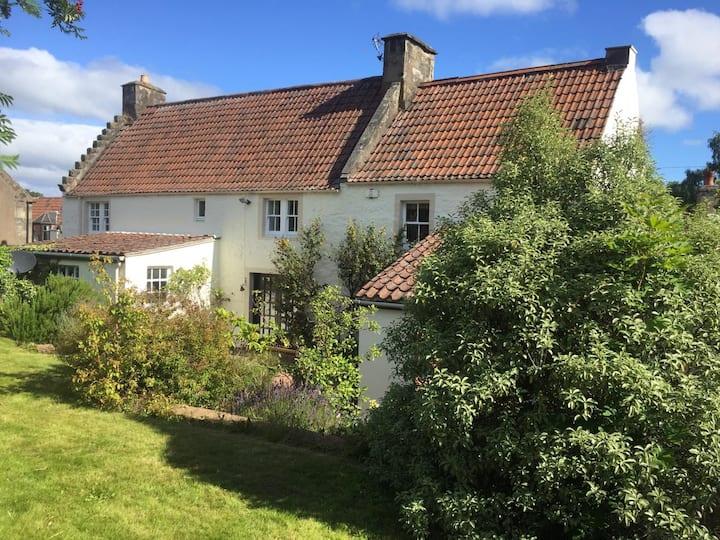 Falkland Country Home
