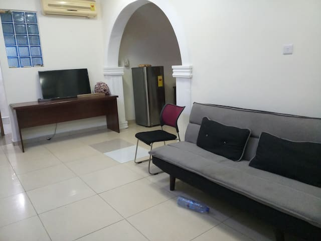 Charming House 1 Bedroom - Twin Beds, Osu