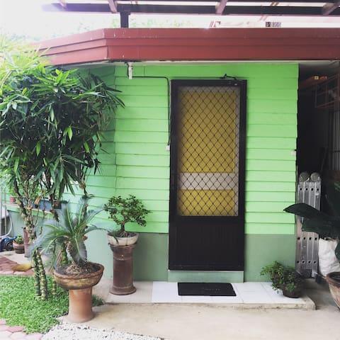 The Zen Studio - Davao City - Domek parterowy