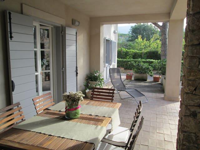 SUL MARE ACCOGLIENTE APPARTAMENTO - Porto Santo Stefano