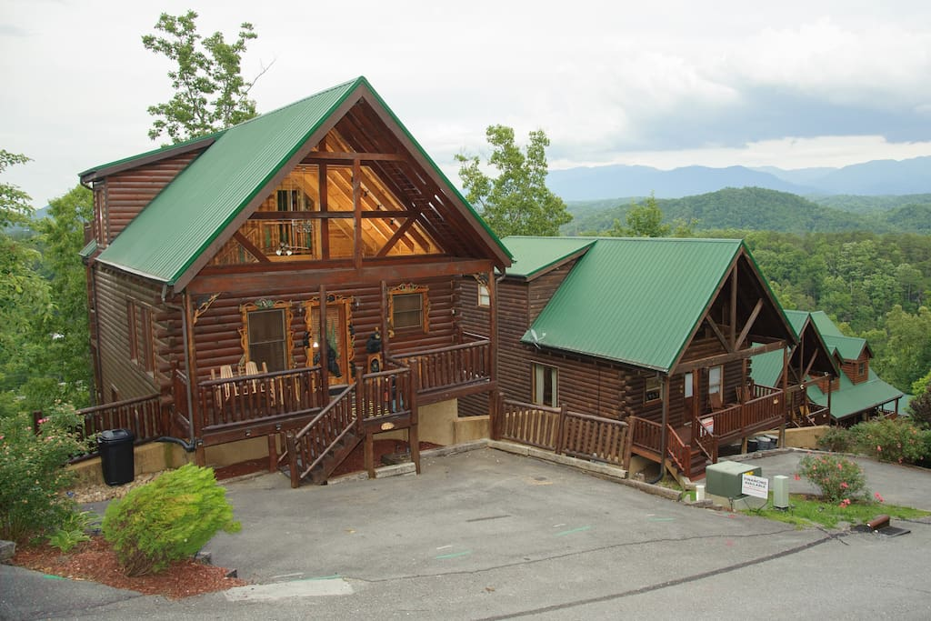 Smoky Mountain Memories Beautiful 4 Bedroom Cabins For Rent In Sevierville Tennessee