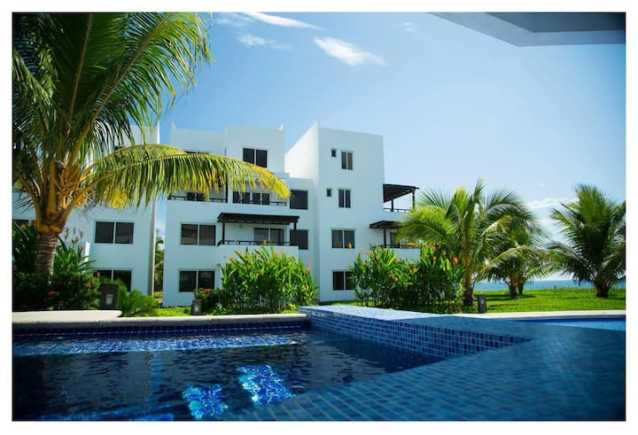 Oceanfront Getaway 3BR - Best of Monterrico