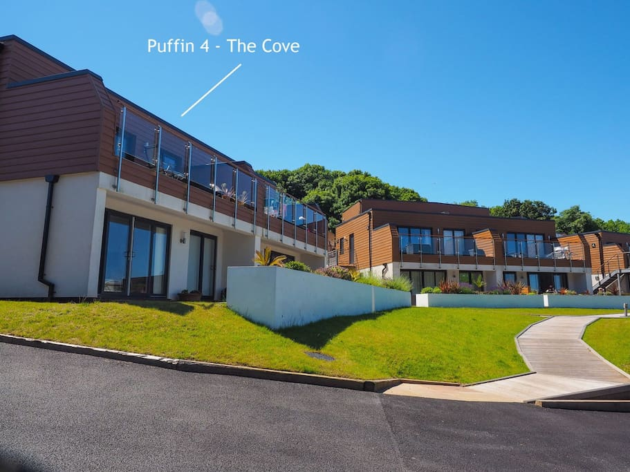 Puffin 4 in context of The Cove development