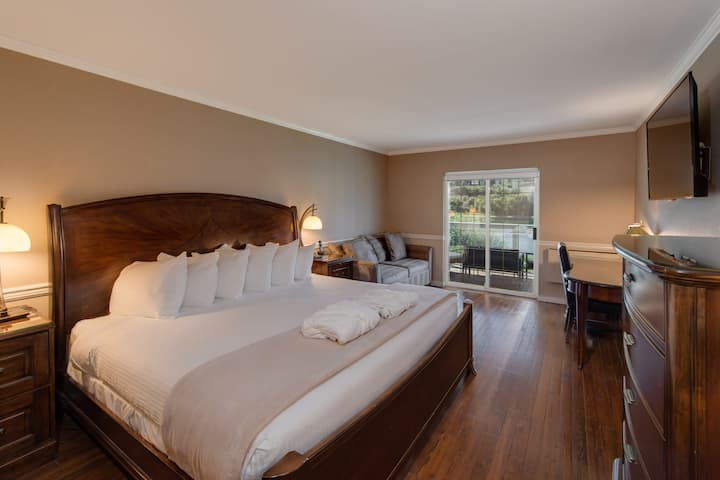 River View King Room