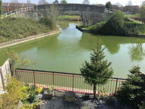 Waterside property near Bradford on Avon