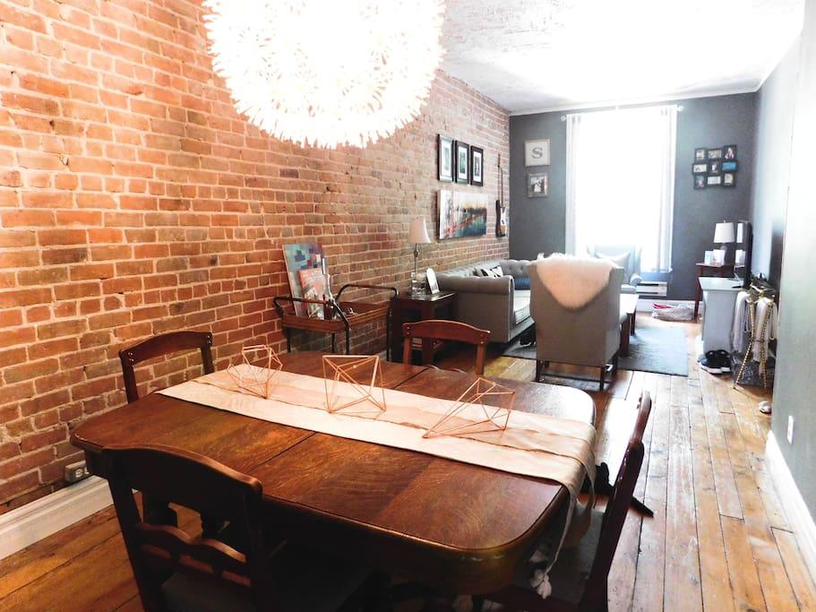 Dinning / Living Area