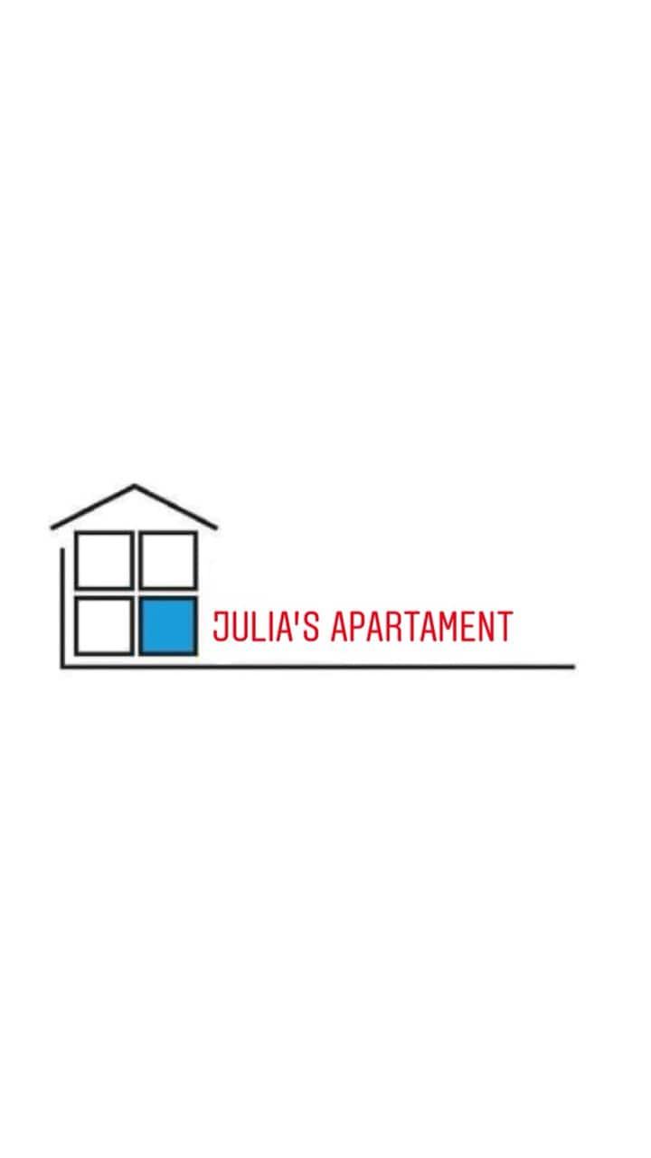 JULIA'S APARTMENT III