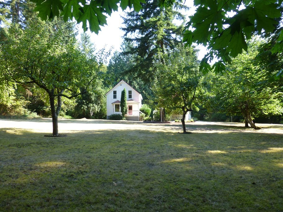 Private & Secluded Near Sequim Bay
