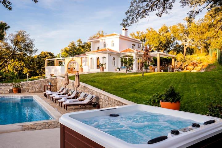 Villa Valparaiso, private pool and tennis court