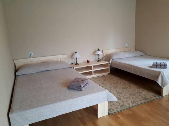 2 beds both 120cm wide