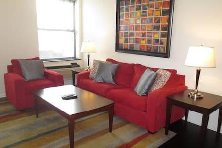 Lux Morristown Green 2 Bedroom w/WiFi - Morristown