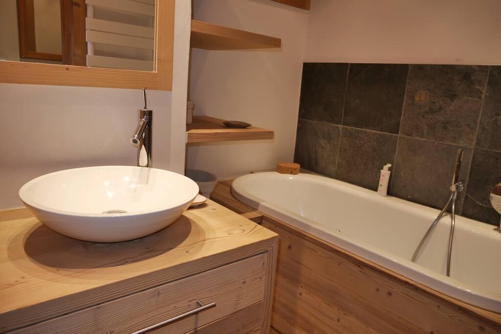 salles de bain 1 (baignoire)