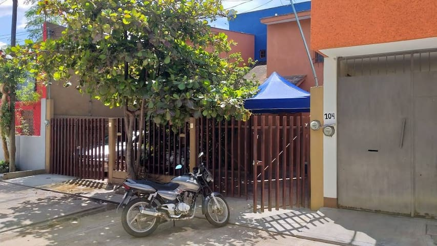 Renta de casa completa cerca del centro de Oaxaca.