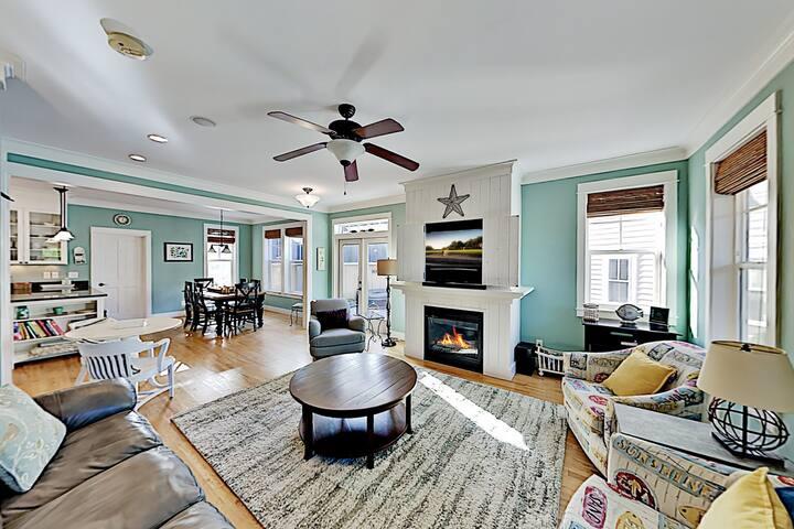 New Listing! Olivia Beach Estate w/ Hot Tub
