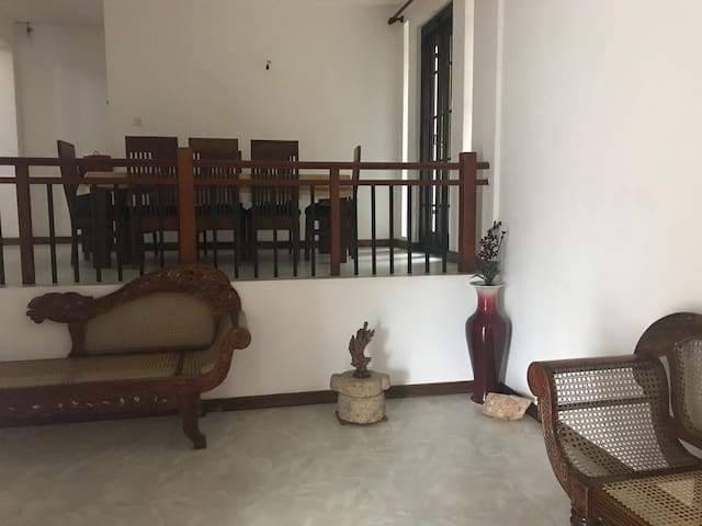 Lovely spacious Brand New House, Pallekele Kandy