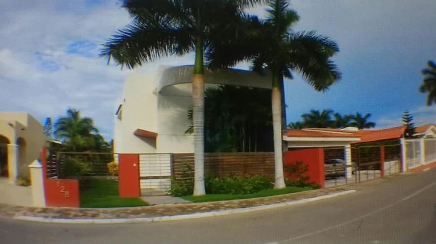 Hermosa residencia equipada para familias o grupos