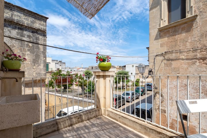 With vaulted ceiling and balcony - Apartment dei Templari